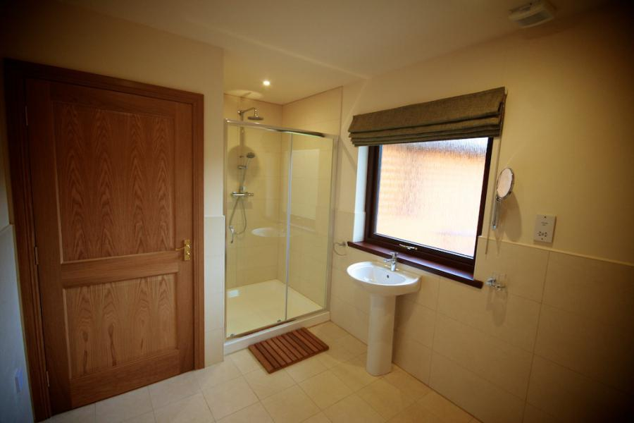Self Catering Lodge Bathroom