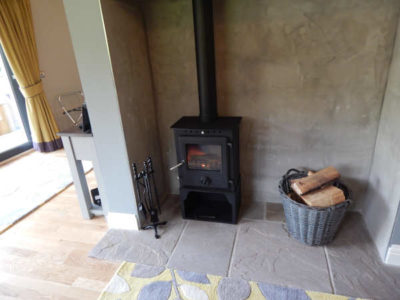 Self catering fireplace