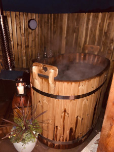 Self catering hot tub