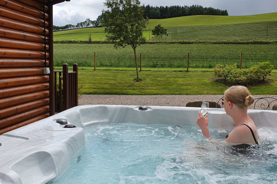 Hot Tub Jacuzzi Self Catering